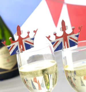 Celebrate Britain Crown Glass Decoration (10)